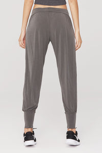 Oversize Comfort Fit Capris w. Side Pockets
