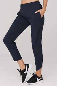 light & leaf Fashionable Trimmed Jogging Pants Side