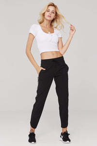 light & leaf Fashionable Trimmed Jogging Pants Suit