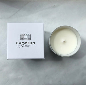 Bampton House 'Rosemary Lane' large soya wax aromatherapy candle, with white luxury gift box. Made from 100% natural ingredients, including may chang and rosemary essential oils