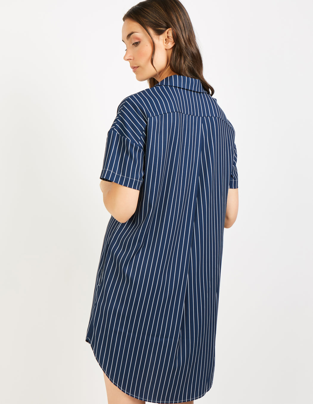 PIN STRIPE SAIL||PIN STRIPE SAIL