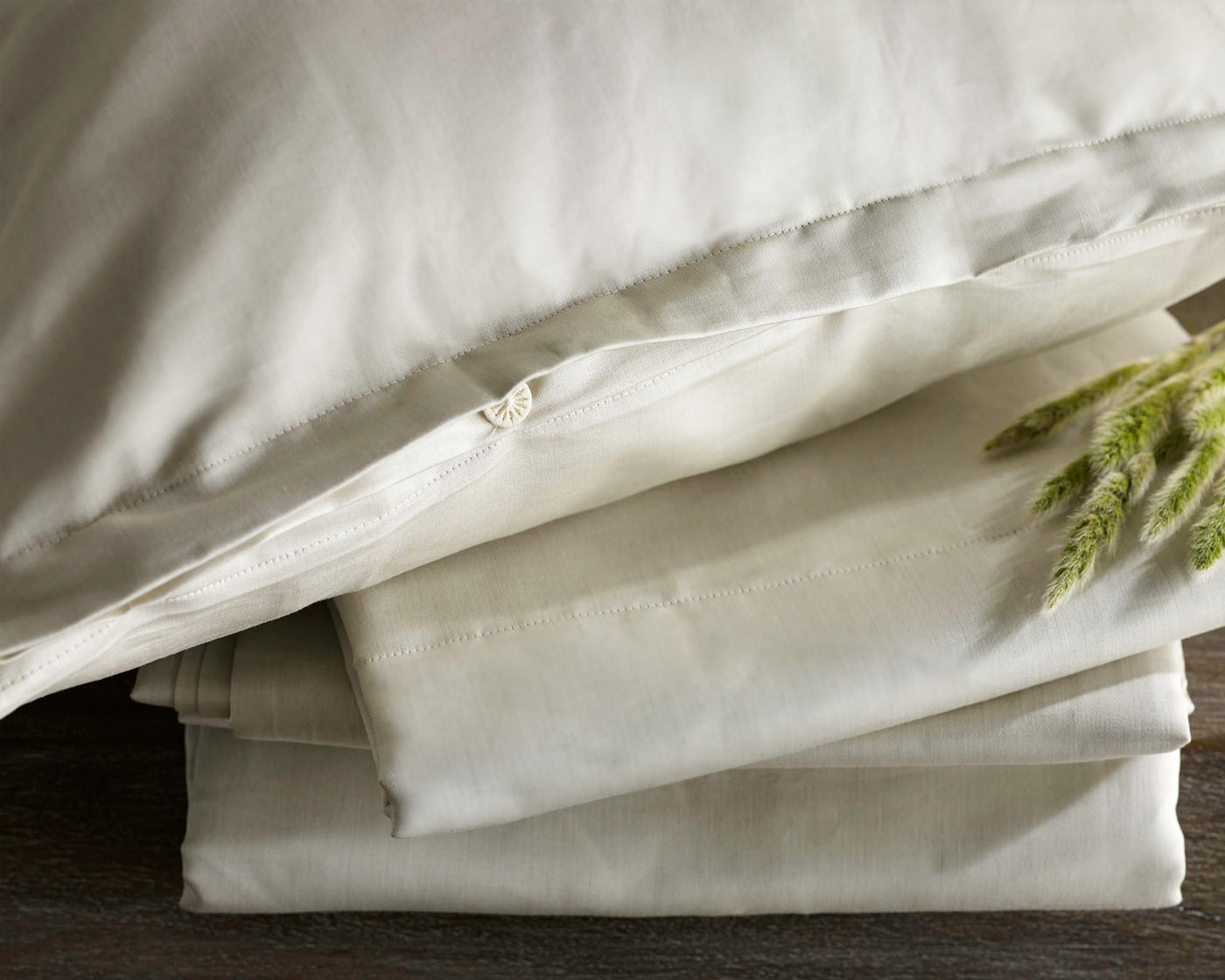 The Purists Linen Plus | Ruffled Bedskirt