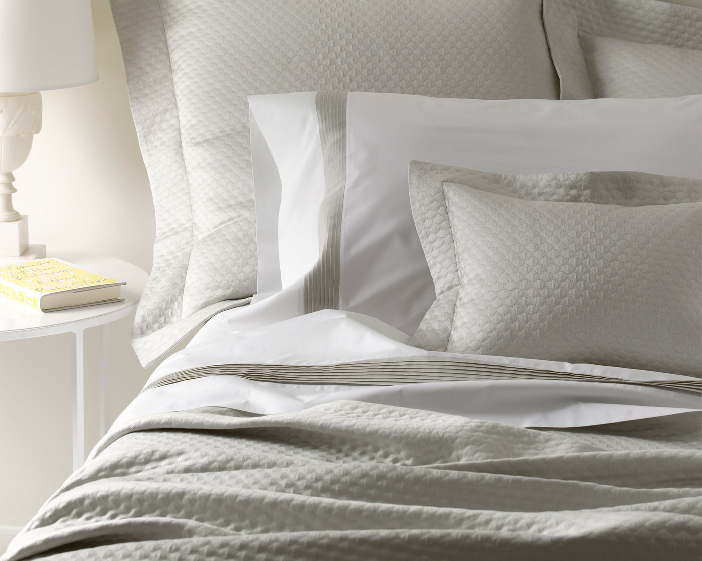 Pearl | Coverlet