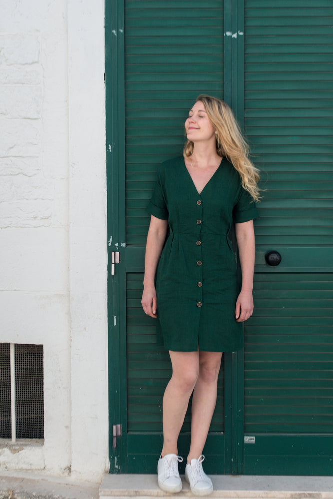 Bottle green linen summer dress | Olá Lindeza
