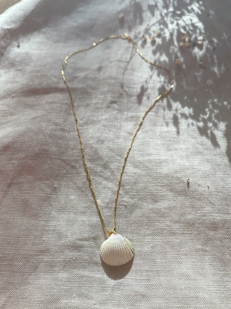 Anixa necklace