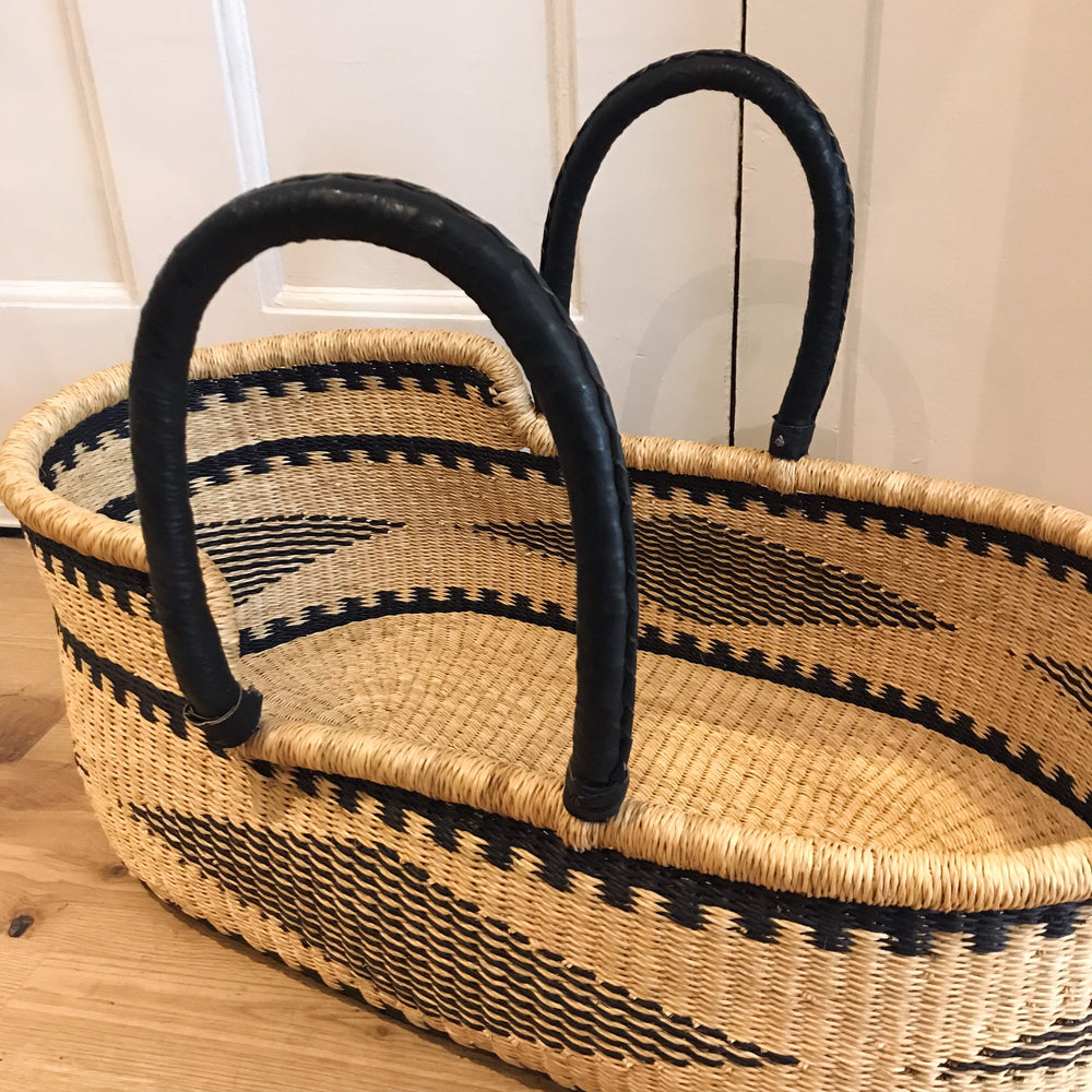 Diamond Woven Baby Moses Basket (custom mattress included)