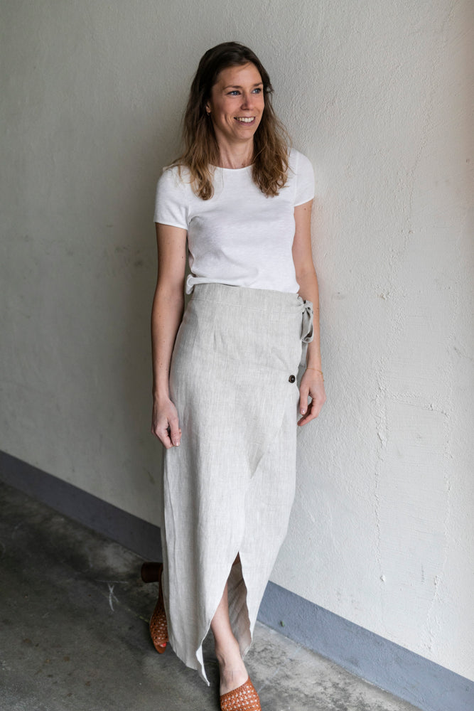 Natural linen wrap skirt | Olá Lindeza