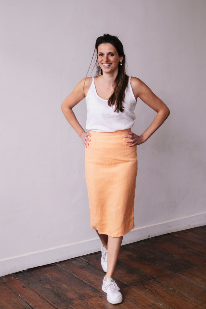 Naturally dyed linen pencil skirt | Olá Lindeza