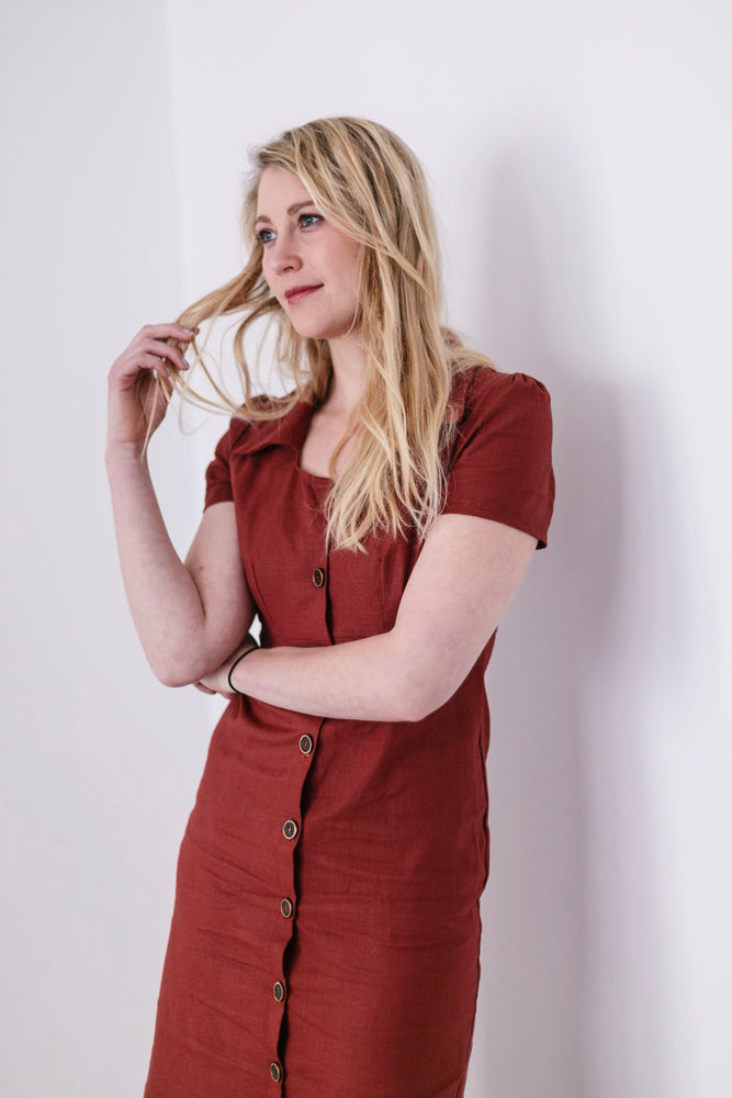 Linen summer dress in maroon | Olá Lindeza