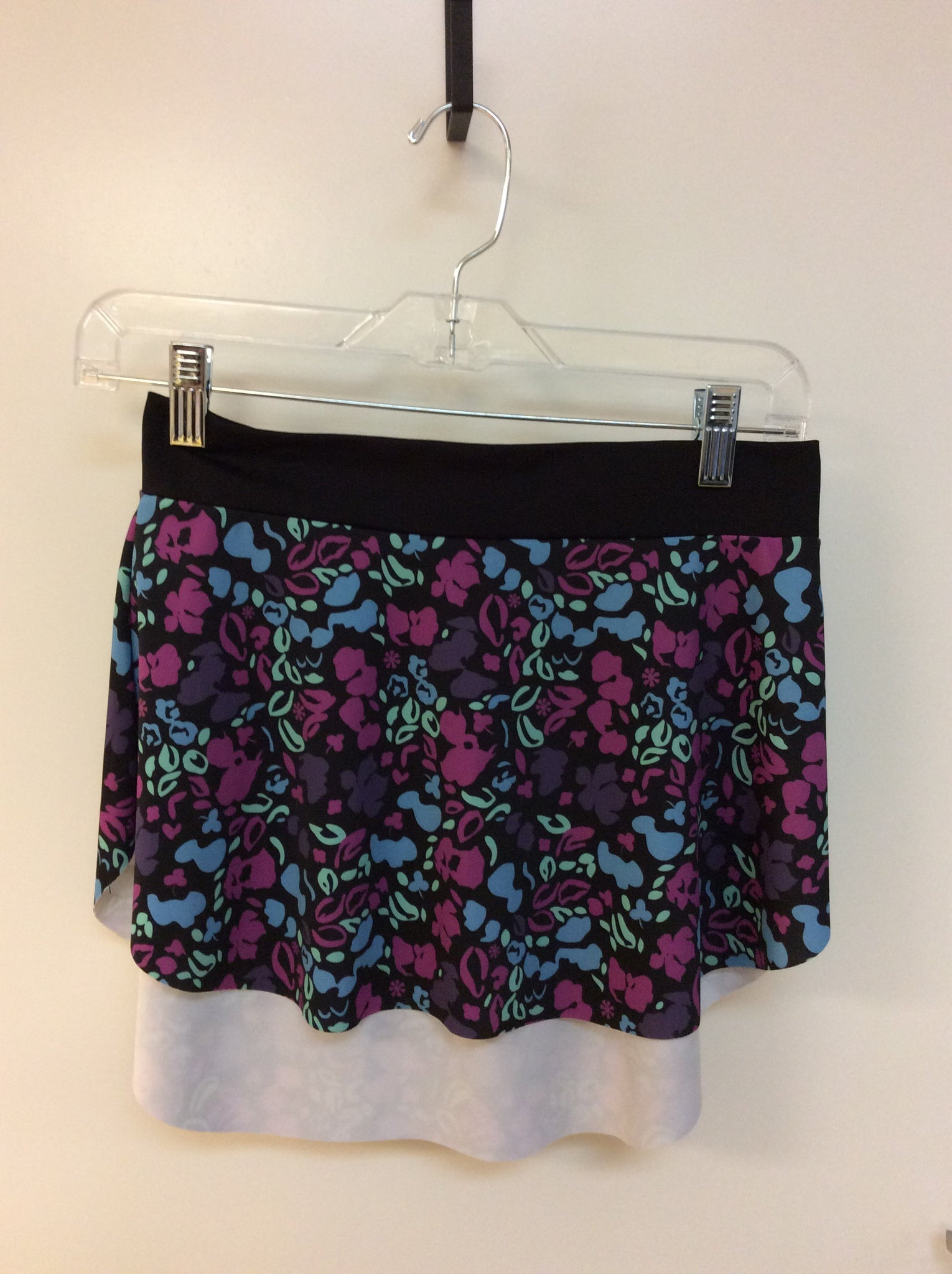 "Motionwear Pull-On Skirt ""Livi Berry"" Floral"