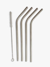 4 curved metal straws and straw cleaner