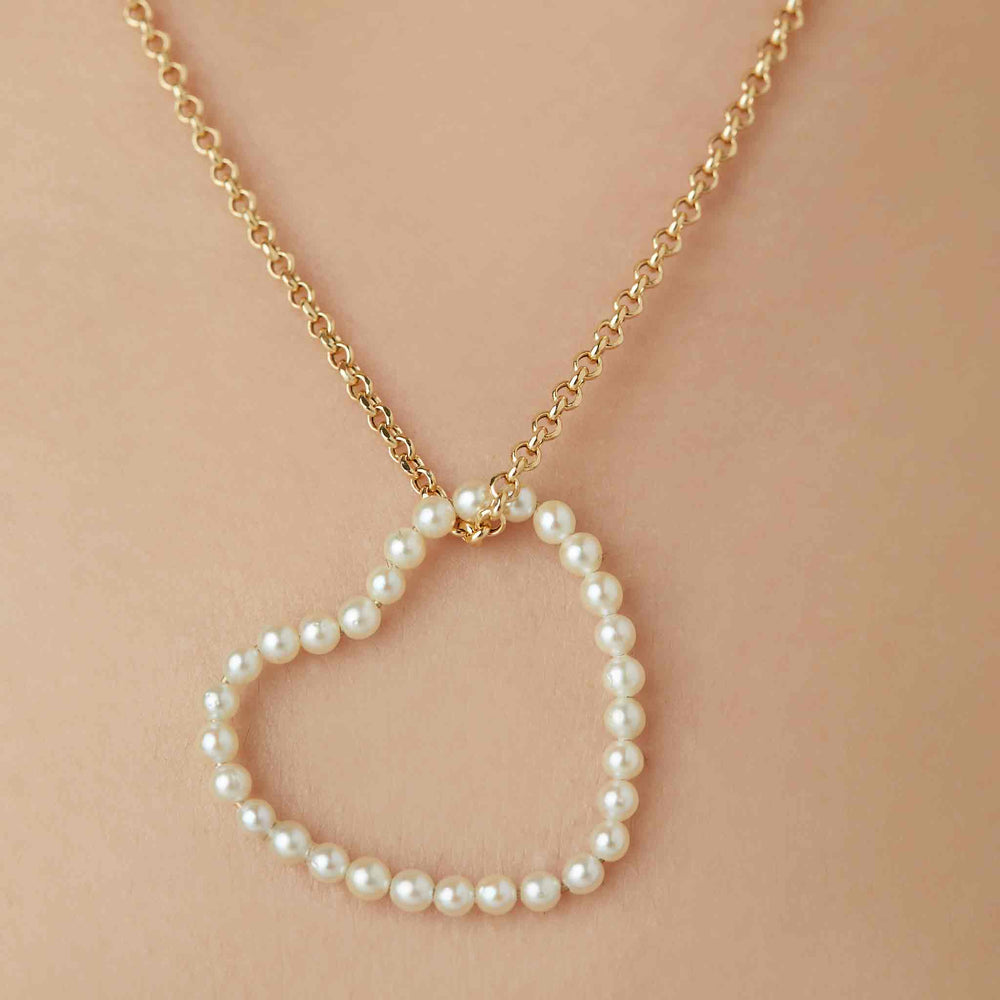 All-Heart Loop in Pearls on Chain
