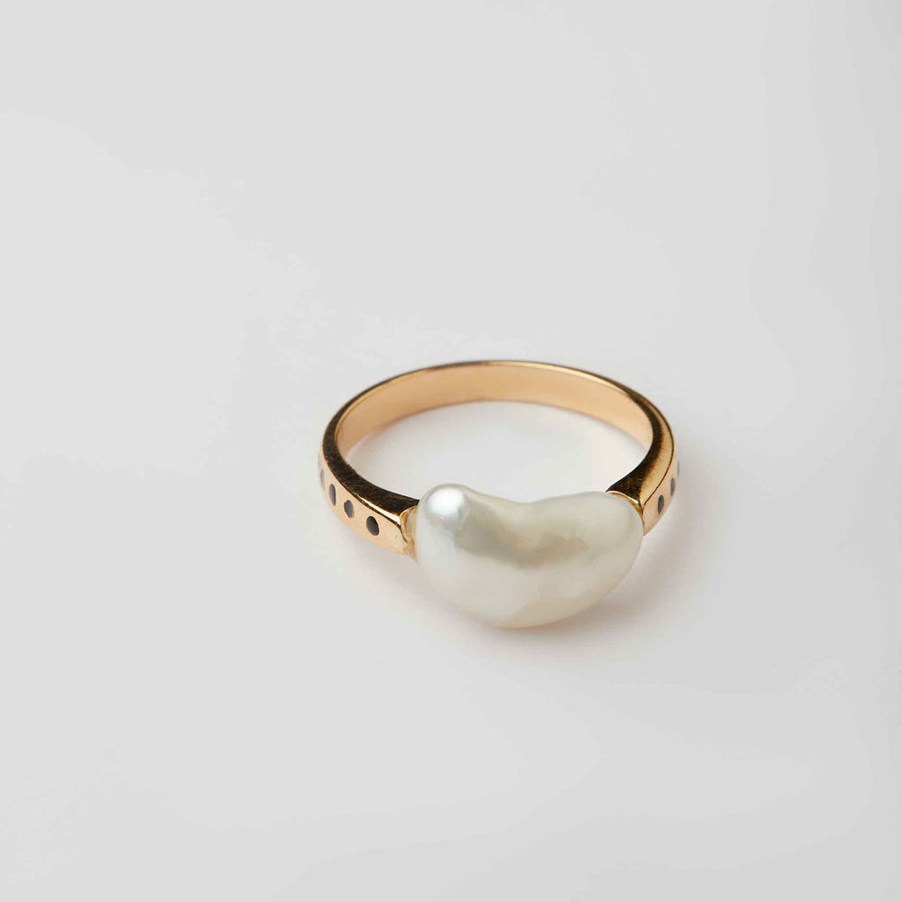 Baroque Pearl Ring with Enamelling