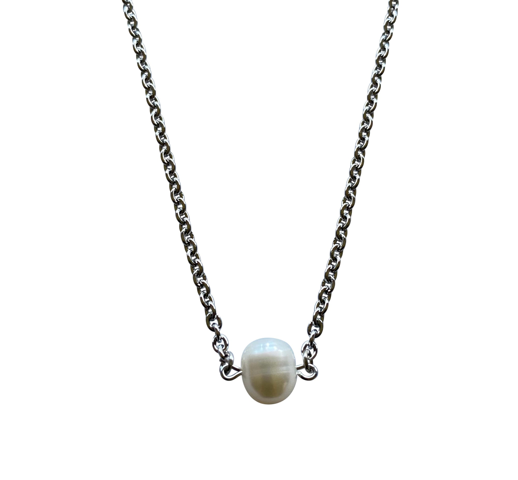 Single Round Freshwater Pearl Necklace with Stainless Steel Silver Chain