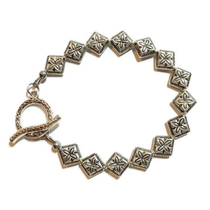 Pewter Silver Bracelet with Diamond Shape Silver Beads