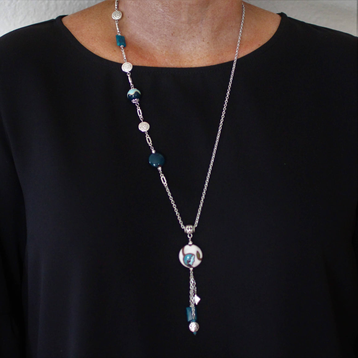 Teal Flower Golem Pendant Necklace with Apatite Stone and Teal Golem beads