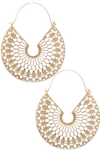 GOLD TEXTURED CUT-OUT EARRINGS