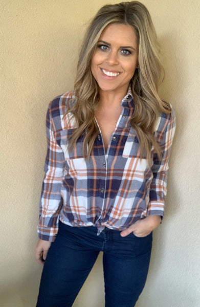 BEIGE PLAID BUTTON-DOWN