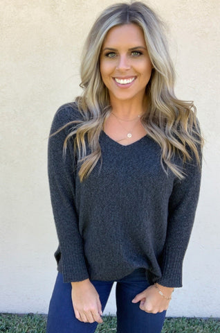 OVERSIZE CHARCOAL SWEATER