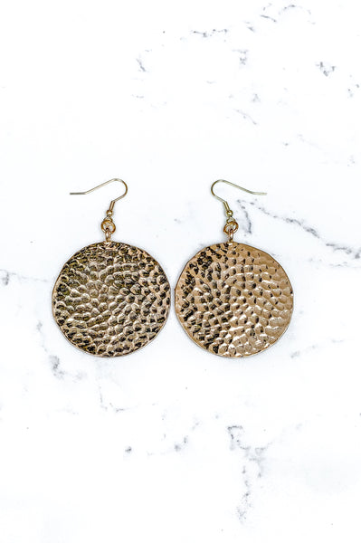 HAMMERED METAL GOLD DISC EARRINGS