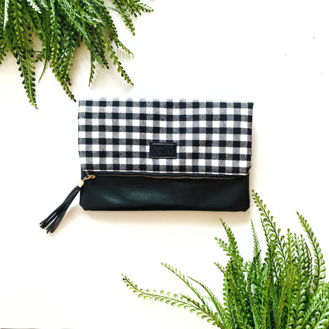 FOLDOVER BLACK & WHITE BUFFALO CLUTCH