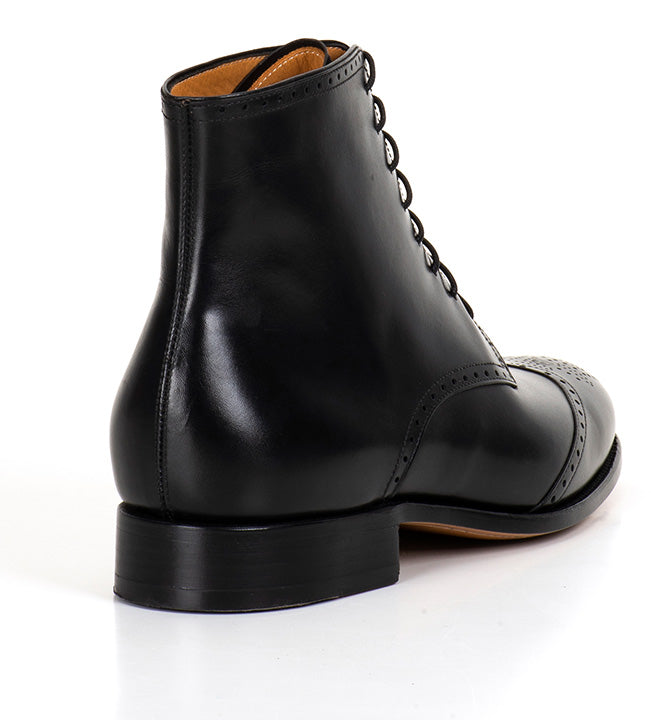 Arcade Wing Boot - Black