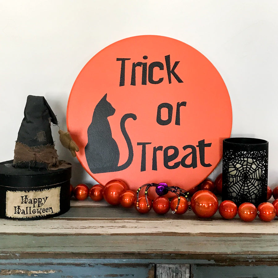 Trick or Treat cat Halloween Rounds