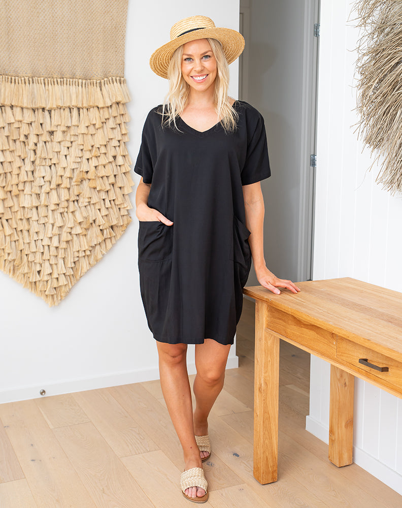 Everyday Pocket Dress - Black