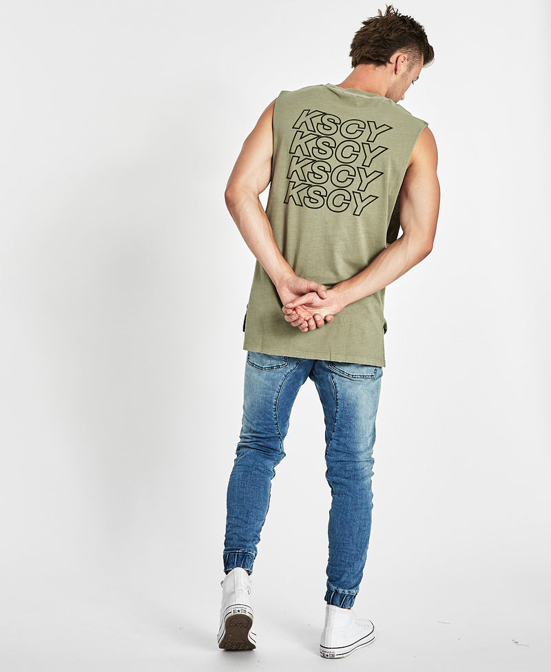 Future Step Hem Muscle Tee