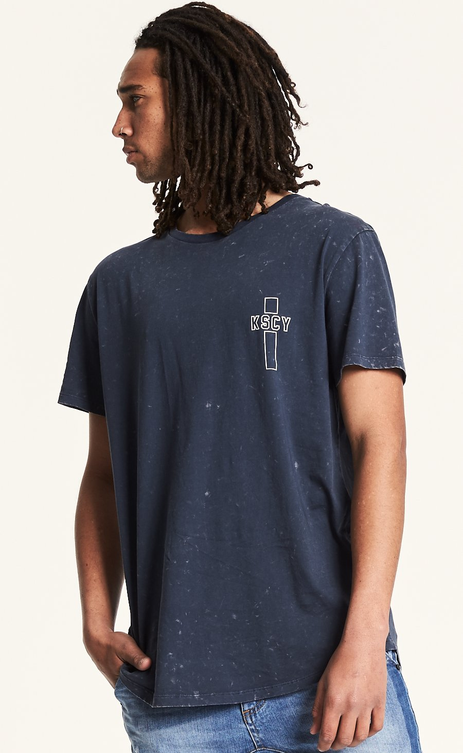 Out Curved Hem Tee