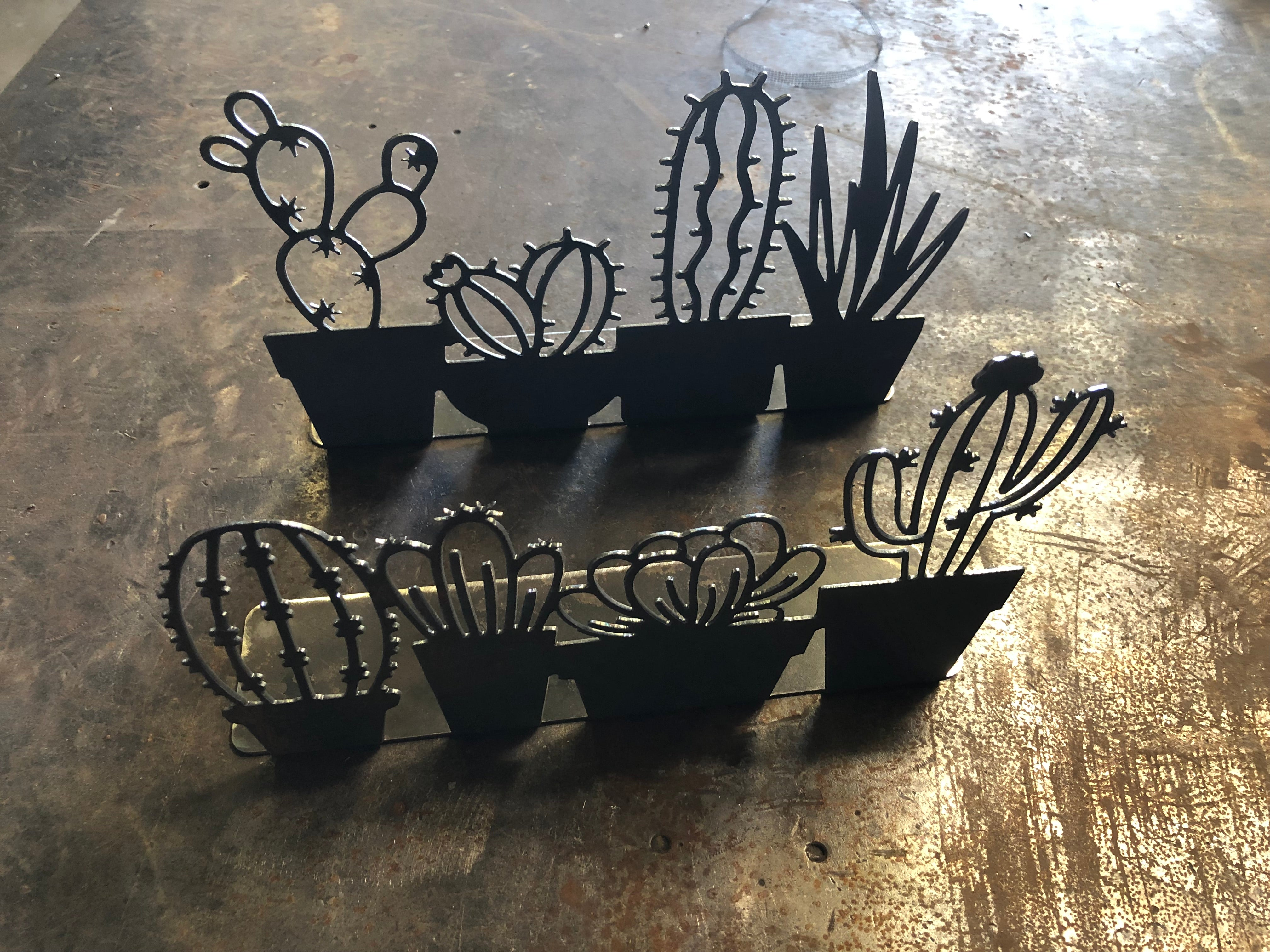 Metal Succulent Stand - 4 potted succulent silhouettes