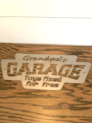 Grandpa's Garage - Toys fixed for free Metal Wall Hanging
