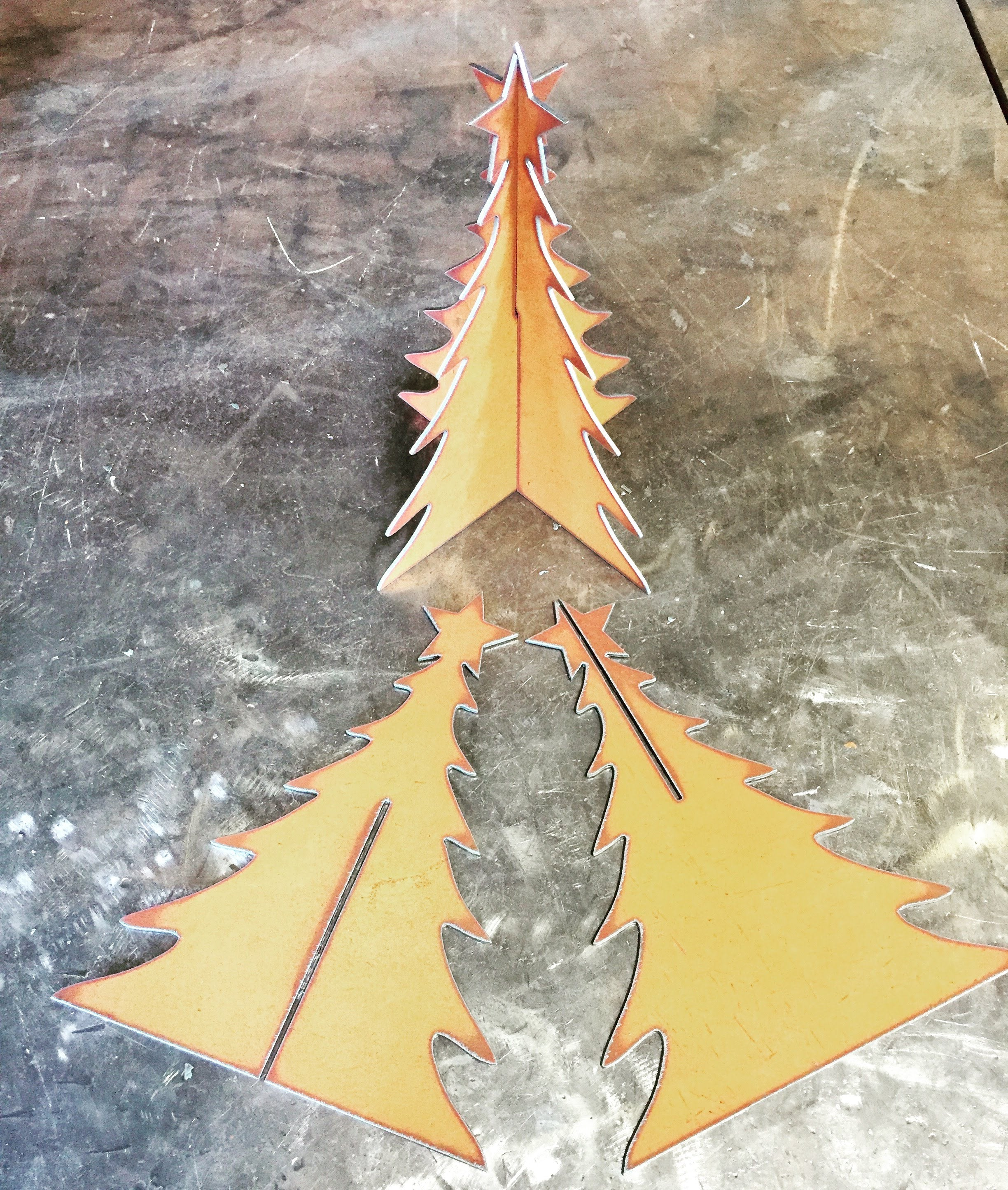 "Metal ""slot together"" Christmas tree"