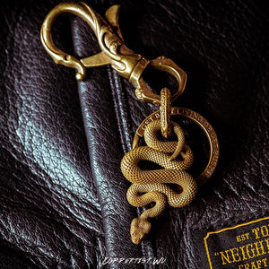 Coppertist.Wu Brass Metal Snake Pendant Necklace Men Vintage Handmade Fashion Key Chain Original Design Animal Keychain Pendants - The Discount Market