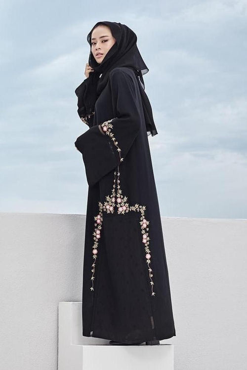 Nour Abaya in Black