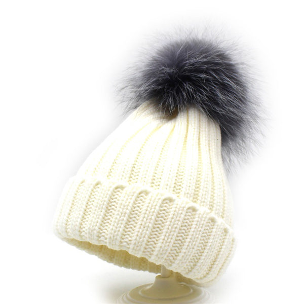 Pure Color Furry Ball Knitted Beanie