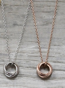 jj+rr Triple Ring Necklace