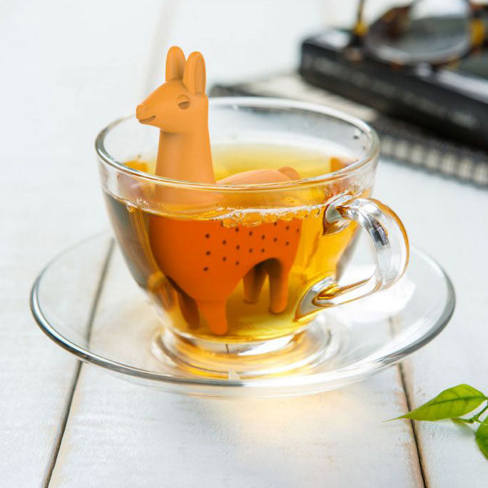 Como Tea Llama: the Groovy Peruvian Infuser