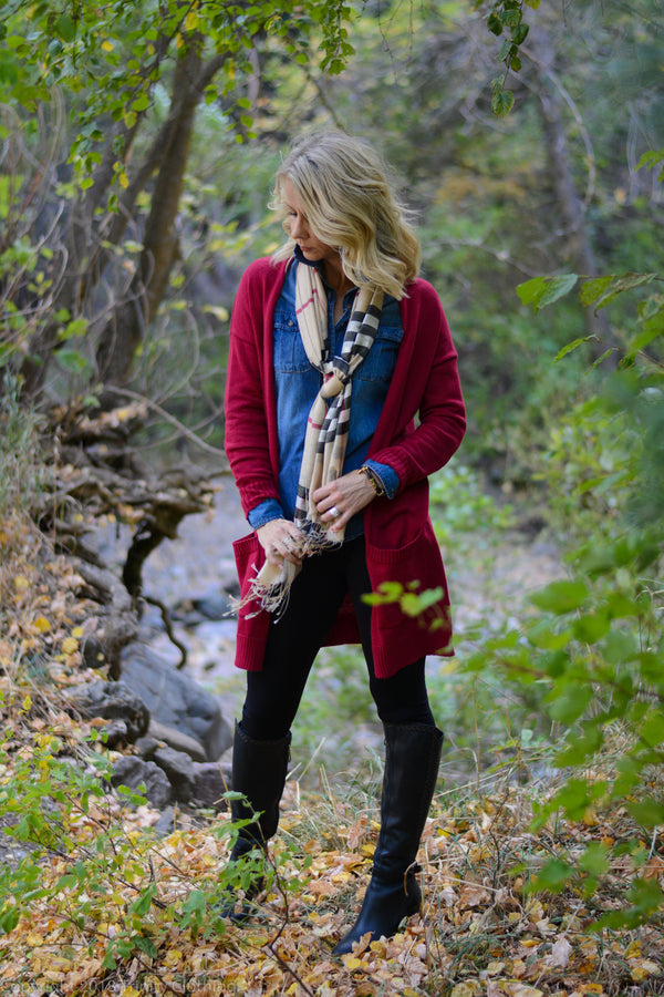 Fall clothing essentials that are work appropriate