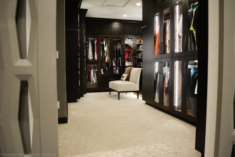 Carrie Bradshaw Style Walk In Closet