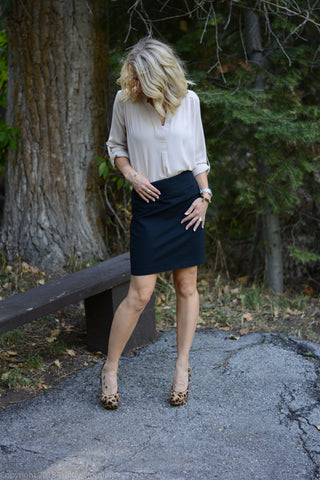 Pencil skirt with leopard print heels and Ivory Tunic