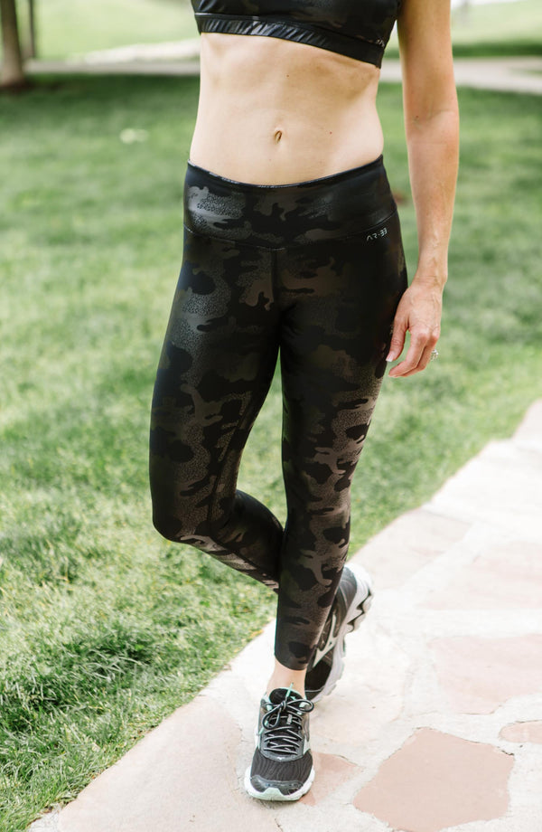 Black Camo Mid Rise Legging Trinity Clothing