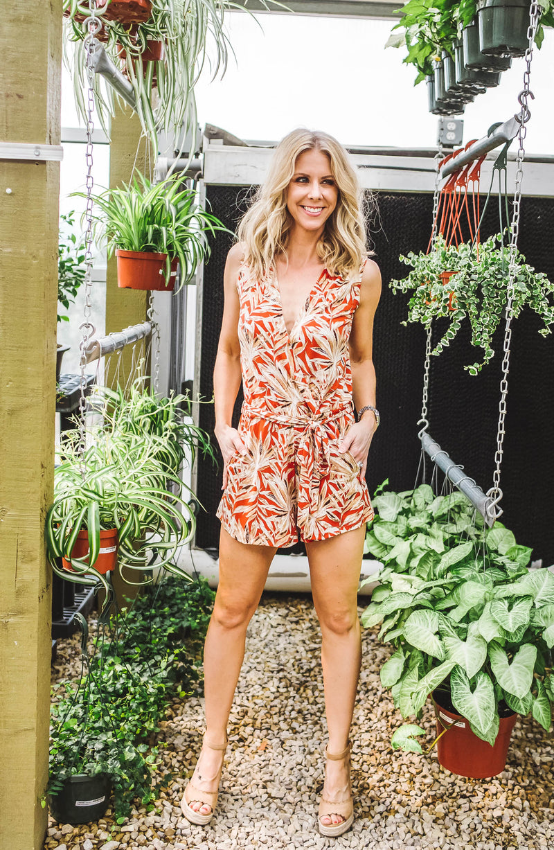 Donna Romper Rust Palm Print Trinity Clothing