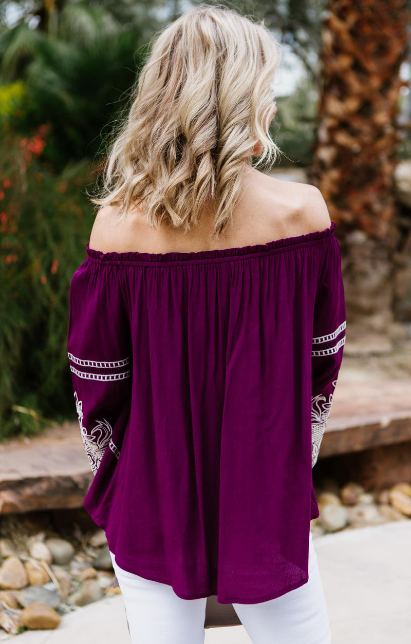 Off-Shoulder Embroidery Top
