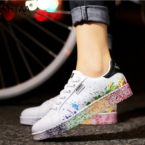 Women Flat Sneakers Lace up Colorful Graffiti
