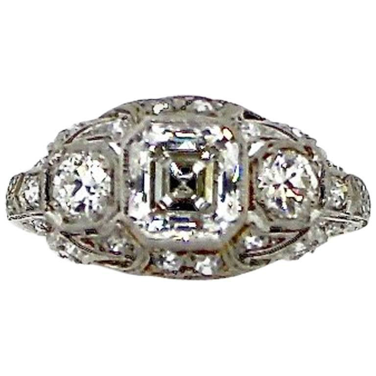 Antique Art Deco 1.30 Carat GIA G Color Square Cut Diamond Platinum Ring