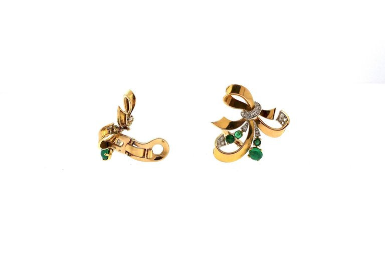 Modernist Retro Emerald Diamond 18 Karat Yellow Gold Ribbon Earrings