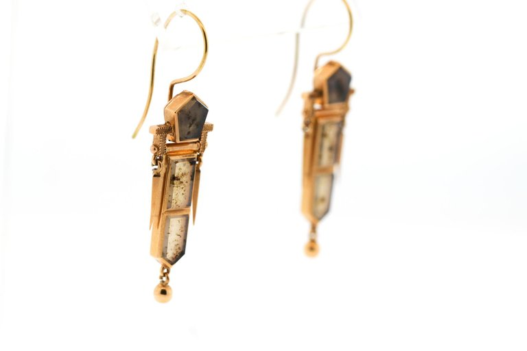 Late Victorian 14 Karat Gold Moss Agate Dart Earrings