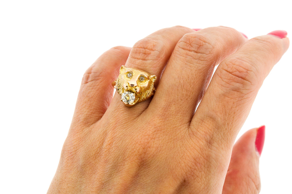 Vintage 18k Gold Lion Ring with Old Mine Cut Diamond