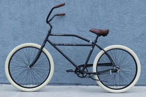The Old Fashioned Steady Classic bicycle in Matte Black